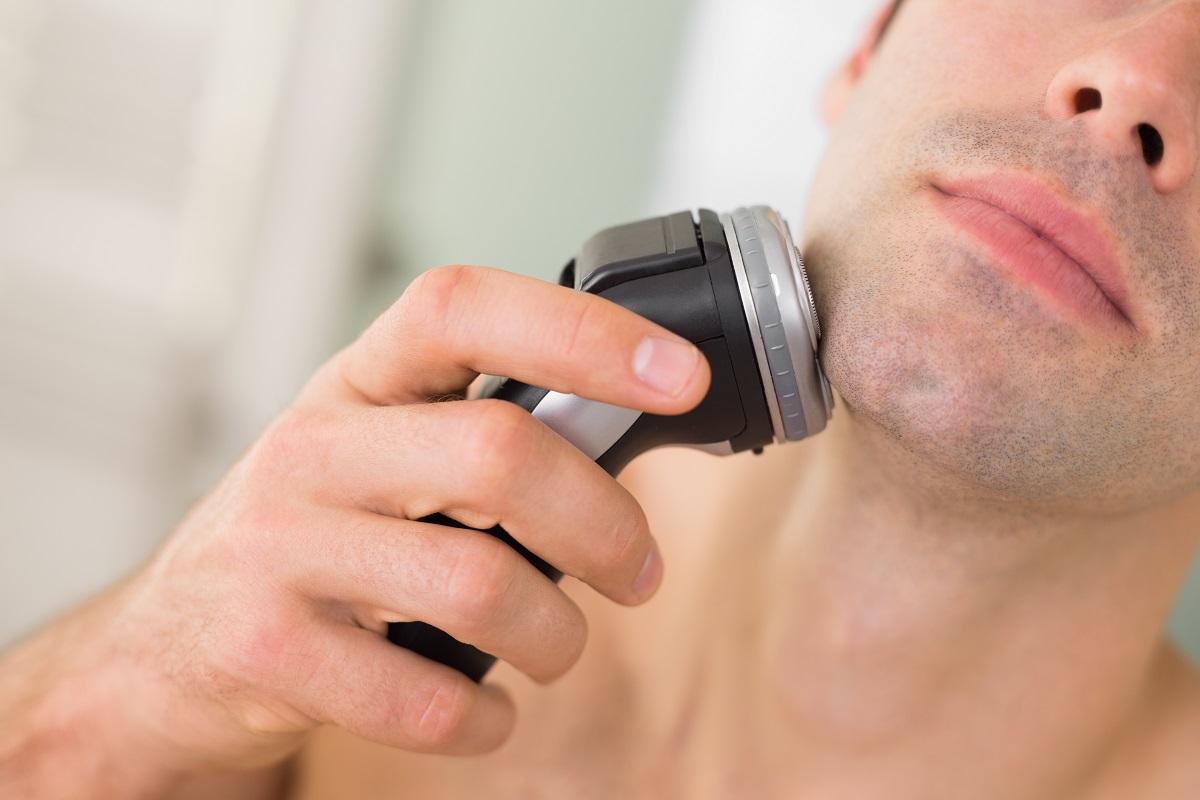 rotacijski aparat za brijanje