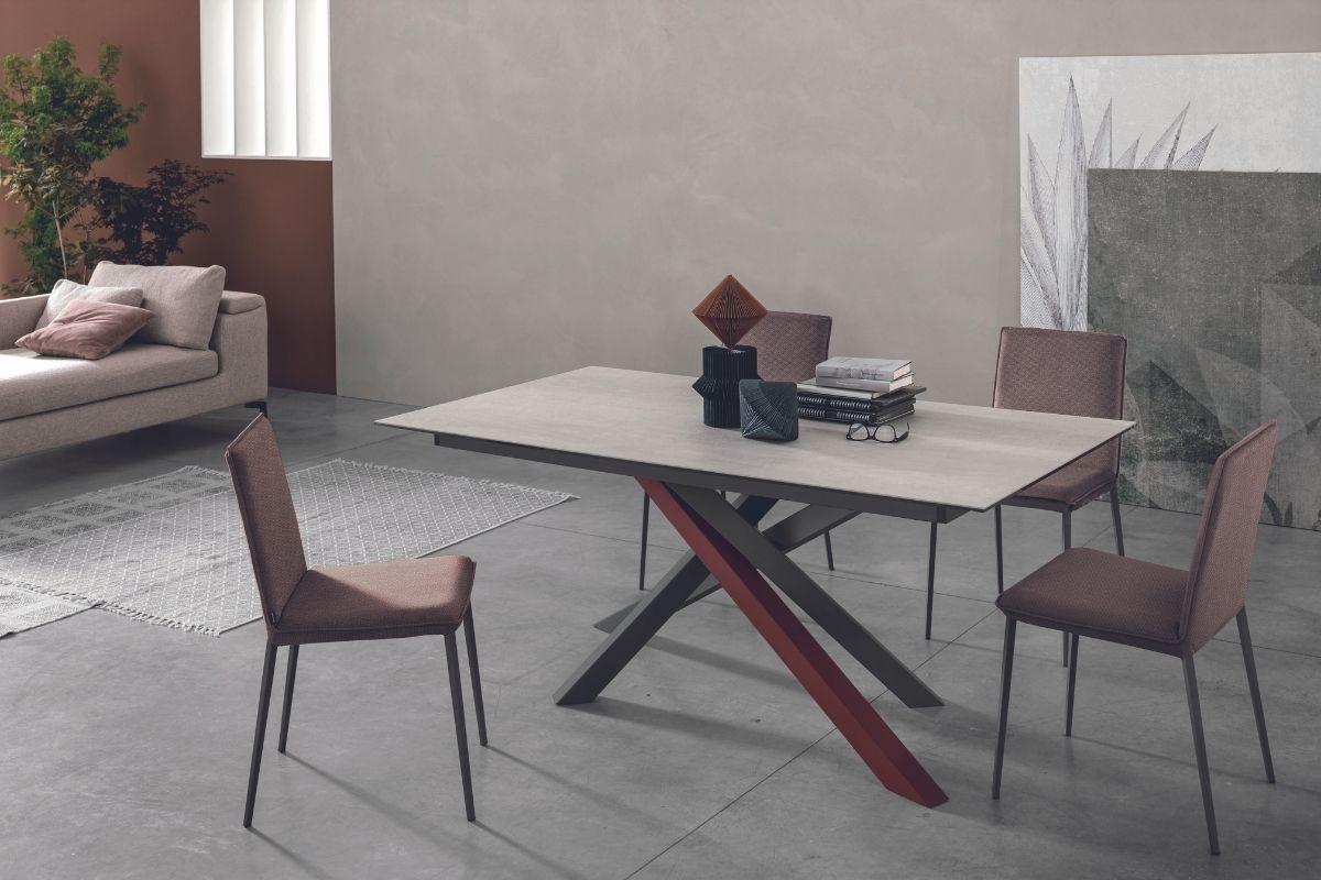 trendi blagovaonski stol